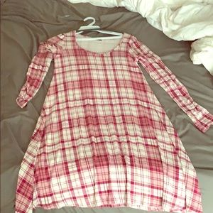Plaid red dress with long sleeves